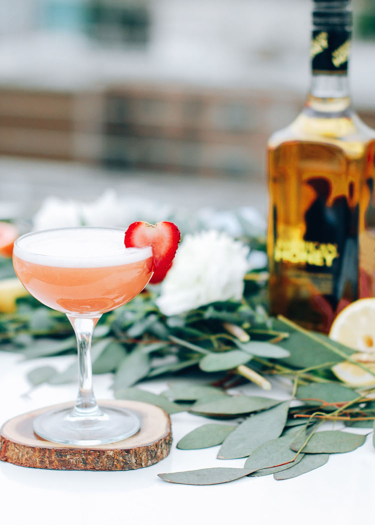 Summer Strawberry flip with American Honey // CraftandCocktails.co