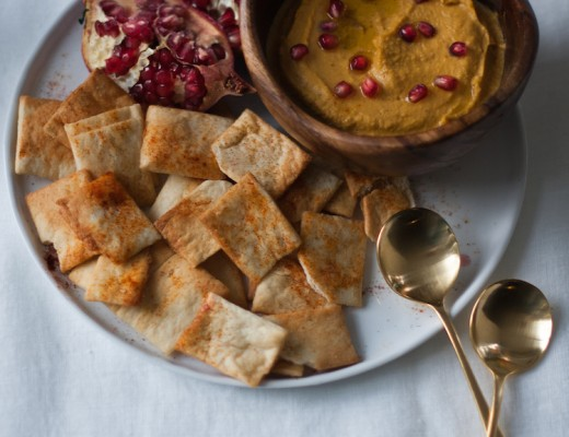 spiced pumpkin hummus with pomegranate // Craftandcocktails.co