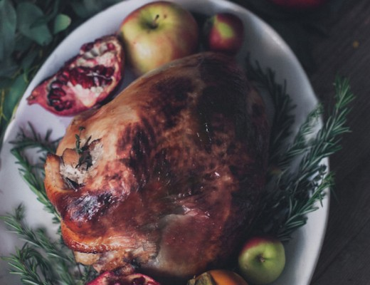 Honey Bourbon Glazed Turkey // Craftandcocktails.co