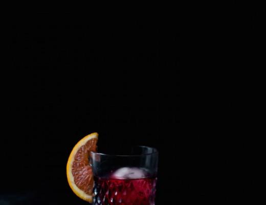 Pomegranate Negroni // Craftandcocktails.co