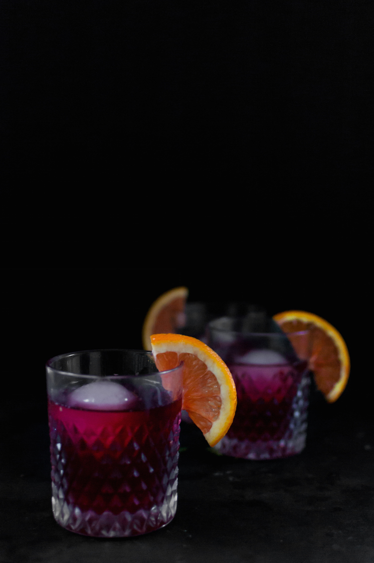 Pomegranate Negroni // Craftandcocktails.co