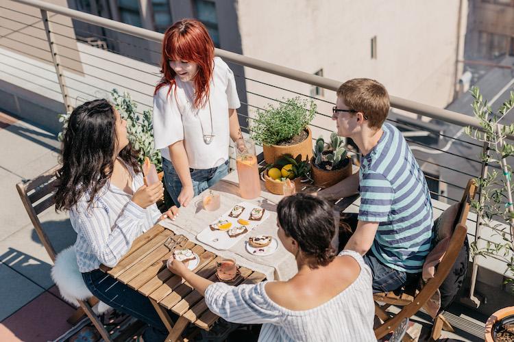 Summer Rooftop Soireé + Grapefruit Vanilla Thyme Fizz