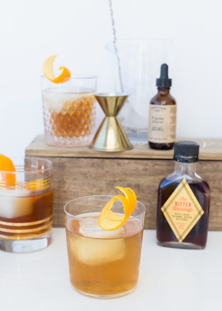 Old Fashioneds for Father's Day // Craftandcocktails.co
