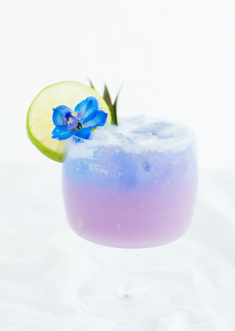Color Changing Coconut Punch cocktail // craftandcocktails.co