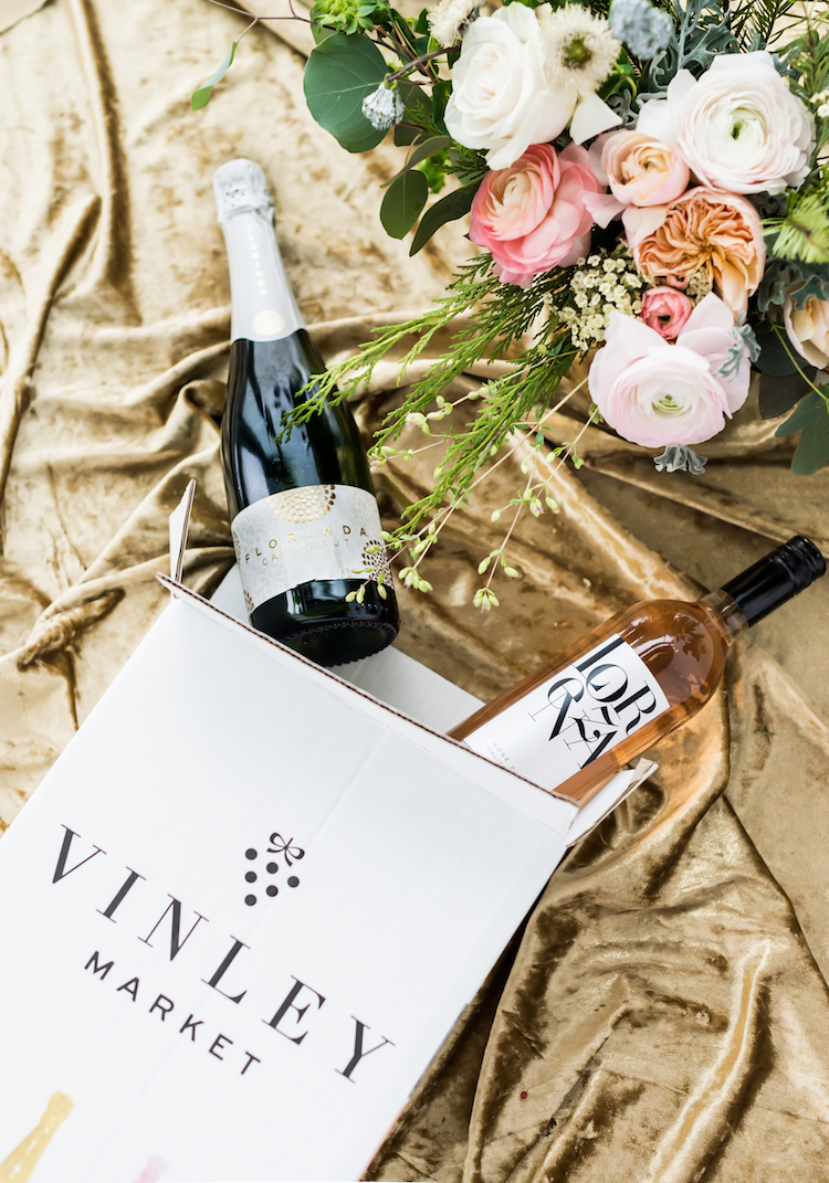 Vinely Market Wine club giveaway | on Craftandcocktails.co