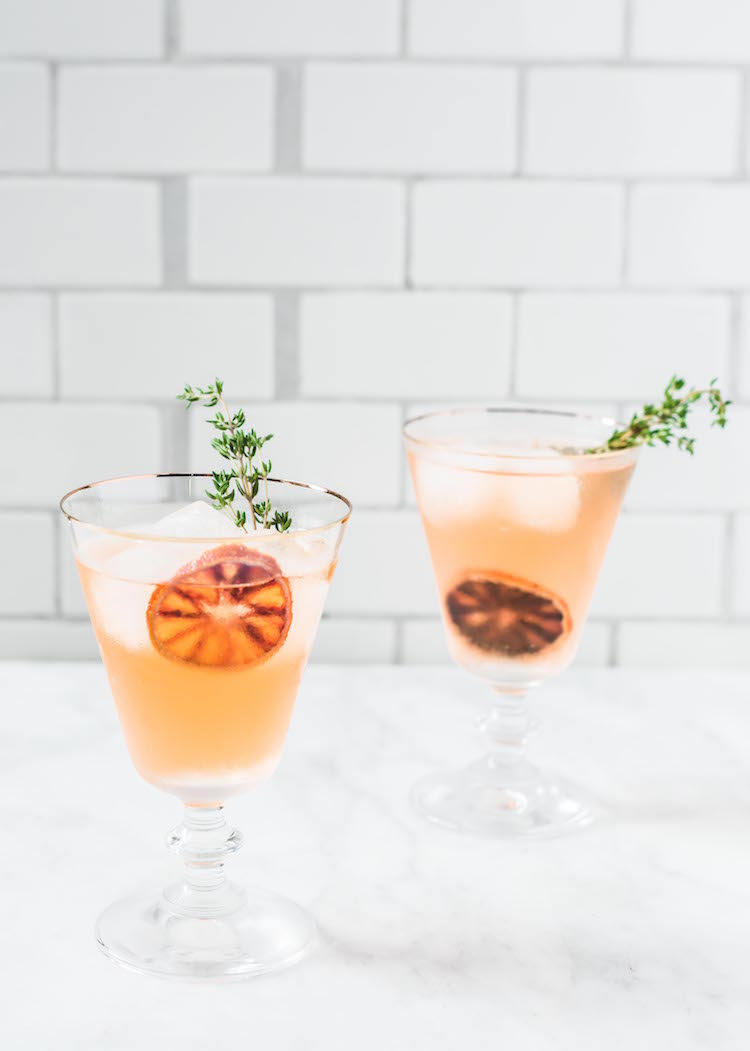 Ginger Thyme Blood Orange Sparkler healthy cocktail | Craftandcocktails.co