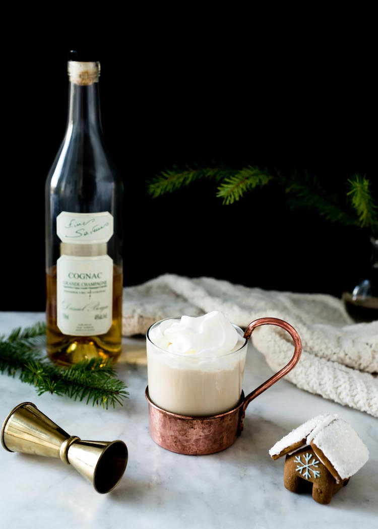 Spiked Gingerbread Latte | recipe on Craftandcocktails.co