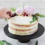 Holiday Naked Cake DIY | how to no Craft & Cocktails (craftandcocktails.co)